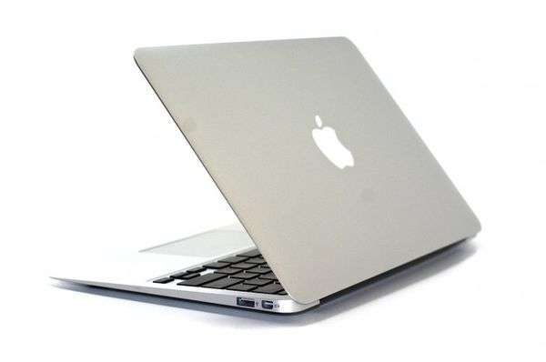 Macbook Air MD231 / 13\