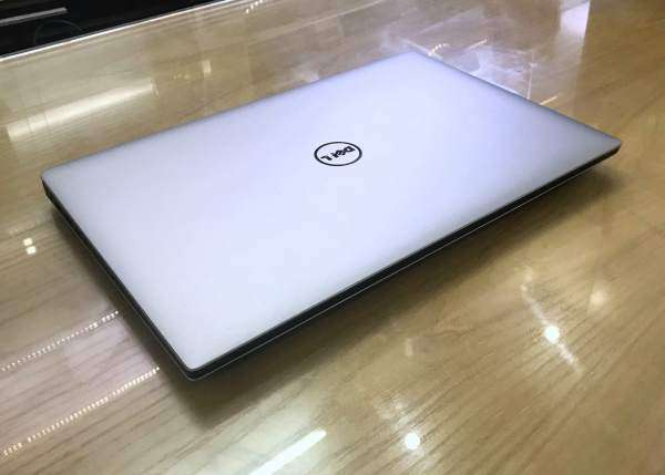 DELL XPS 15 9560 Core i5-7300HQ/ RAM 8GB /SSD 256GB /Màn 4K Touch